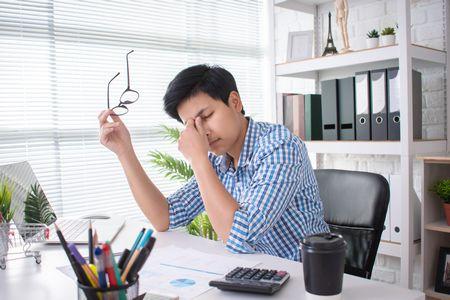 أسباب وأعراض ضغط العمل