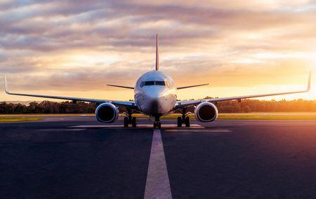 أقسام إضاءة الطائرة واستعمالاتها