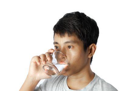 أهمية وفوائد شرب الماء