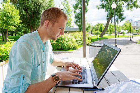 تعرف على أهم برامج الكمبيوتر لكل جهاز حاسب آلي