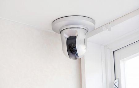 أفضل أنواع كاميرات المراقبة المنزلية والتجارية