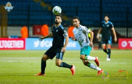 صورة عبدالله السعيد في أحد مباريات نادي بيراميدز