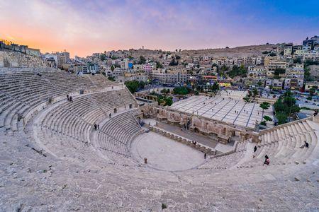 معلومات عن عمان عاصمة الأردن وهذه صورة المسرح الروماني