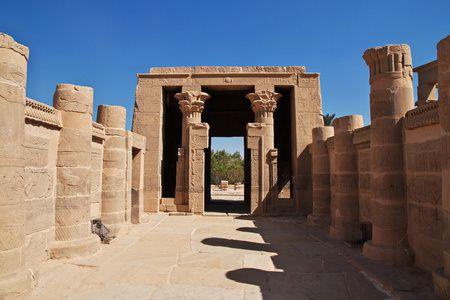 معلومات عن معبد فيلة