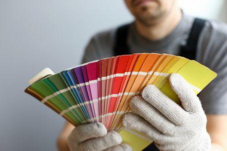 نتحدّث عن فن اختيار الألوان في الديكور