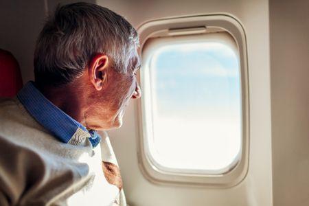 طرق التخلص من طنين الأذن أثناء السفر