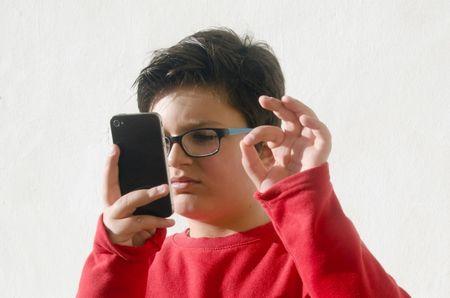 الأجهزة الإلكترونية ، الأطفال ، صورة ،طفل