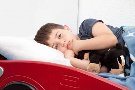 التهاب القصبات،طفل، مريض،صورة