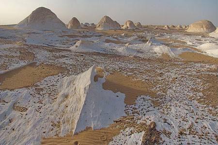 مصر ، عين السرو ، الوادي الجديد ، واحة الفرافرة ، الماء ، الصحراء البيضاء