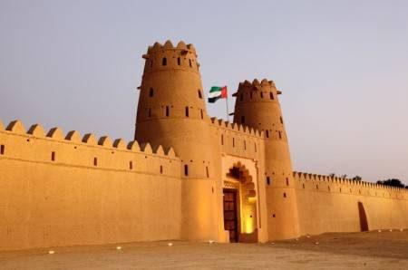 مدينة العين ، الإمارات ، قلعة الجاهلي ، الحدائق ، وادي أدفينتشر ، الزجهات السياحية ، السياحة العائلية