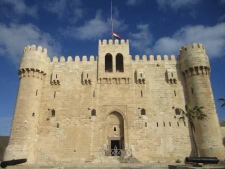 الإٍسكندرية ، مكتبة الإسكندرية ، متحف الإسكندرية ، قلعة قيتباي ، كوم الدكة ، سراديب الموتى