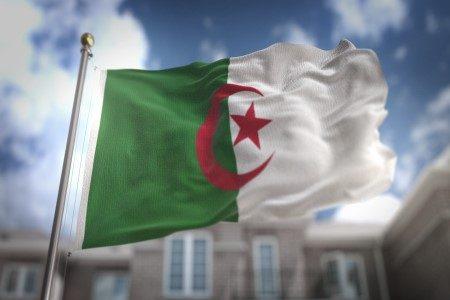 الجزائر ، الرومان ، الفتح الإسلامي ، المليون ونصف شهيد ، السياحة ، سفاري ، الصريح الملكي ، مسجد الأمير