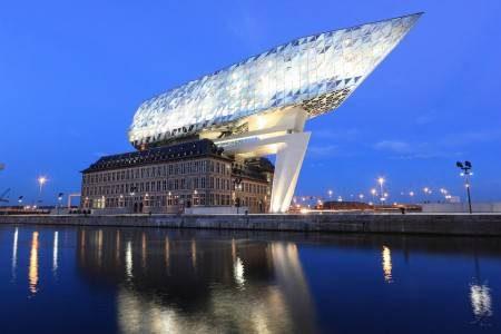 انتويرب ، بلجيكا ، أوروبا ، ساحة غرانت ماركت ، قاعة المدينة ، بيت روبنز