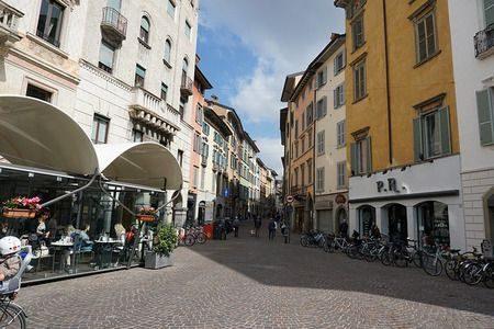 Bergamo , مدينة بيرغامو, إيطاليا