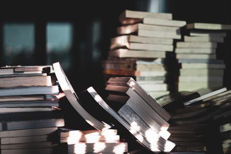 صورة , كتب , مكتبة , الأدباء العرب