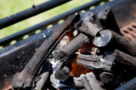 الفحم النباتي , فوائد الفحم في التجميل , صورة , فحم