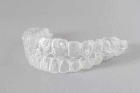 تقويم الأسنان الشفاف , التقويم الشفاف , صورة