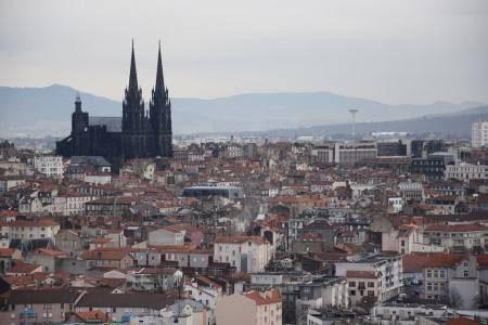 كليرمون فيران ، فرنسا ، كنيسة نوتردام ، كاتدرائية كليرمون ، المطاعم ، المزارات السياحية ، متحف روجر للفن