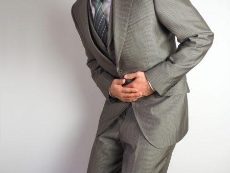 صورة , رجل , مريض , علاج المغص والإسهال