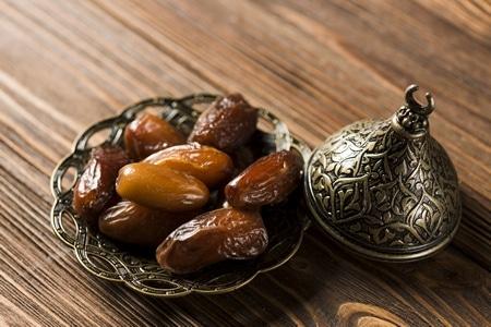 صورة , تمر , النصائح الغذائية , شهر رمضان