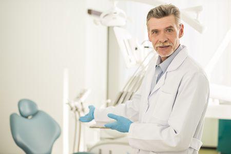 زراعة الأسنان, صورة, Dental implants