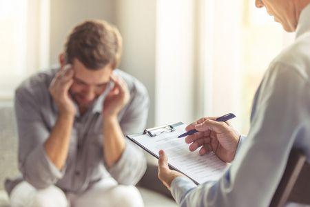 صورة , طبيب نفسي , مريض , الاضطرابات النفسية