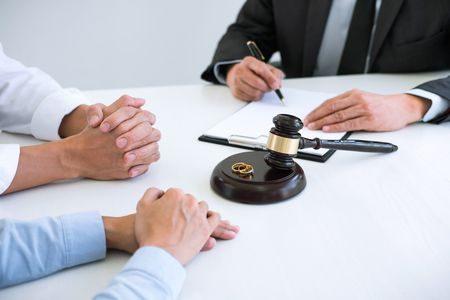 صورة , الطلاق , قوانين الطلاق , الزواج