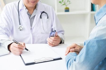 صورة , طبيب , التهاب المسالك البولية