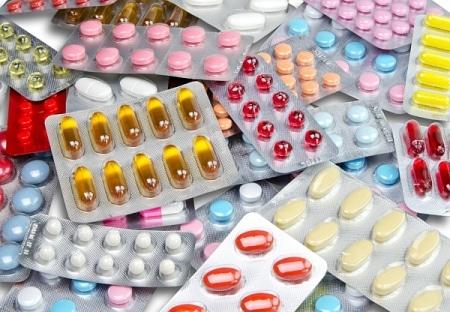 صورة , حبوب السهر , المخدرات , فترة الامتحانات