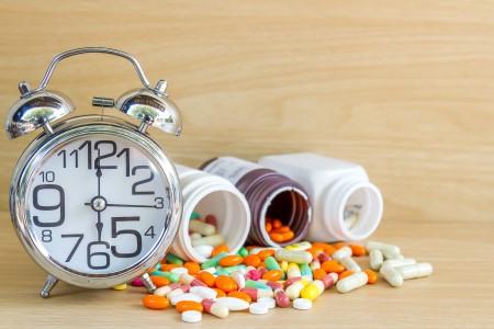 الدواء ، الفرط في استخدام الأدوية ، وصف الدواء ، المادة الفعالة ، الأثار الجانبية