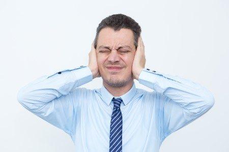 طنين الأذن ، الأذن الوسطى ، التهاب الأذن ، طبلة الأذن ، العصب السمعي
