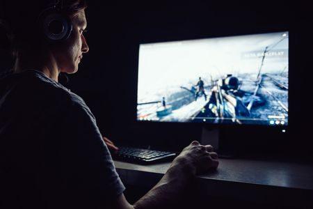 الألعاب الإلكترونية