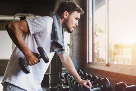 صورة , رجل , ممارسة الرياضة , حمل الأثقال