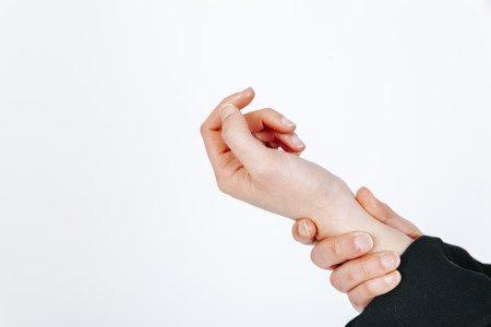 إصبع النشاب ، الأوتار ، التهاب الأعصاب ، أمراض الأصابع