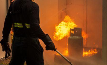 صورة , الحريق , حرائق المنازل , نار , إنقاذ