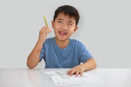 الطفل , المذاكرة , صورة