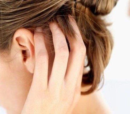 فروة الرأس ، القشرة ، حساسية الجلد ، حكة الرأس