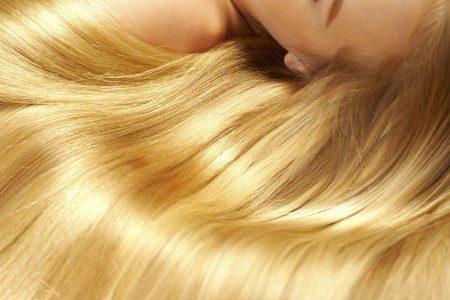 تطويل الشعر ، العناية بالشعر ، الثوم ، الزيت ، البيض ، العنب ، الخروع
