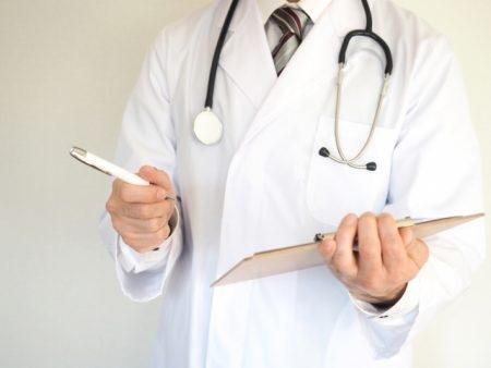 صورة , طبيب , مرض البواسير , علاج مرض البواسير