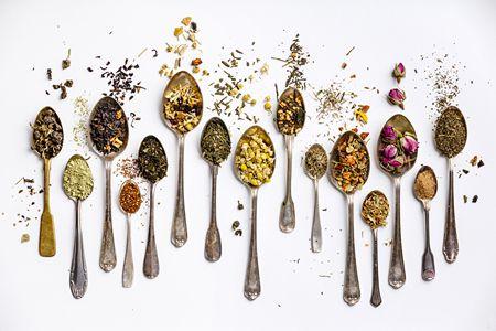 فوائد الأعشاب الطبيعية , جدول فوائد الأعشاب , الأعشاب الطبيعية للجسم