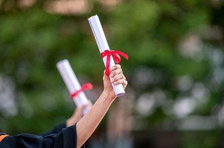 كلمات تهنئة, طلاب التوجيهي , النجاح والتفوق, بنين وبنات , صورة