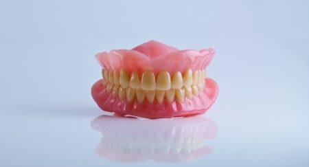 الفك ، الام الفك ، اللثة ، الام الأسنان