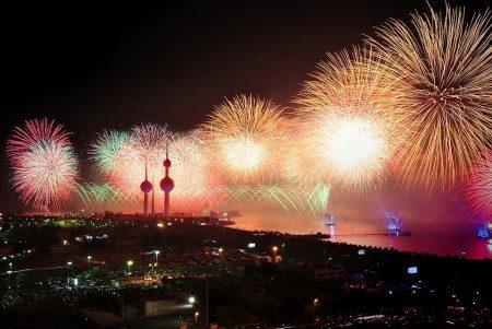 الكويت ، السياحة ، المسجد الكبير ، الجزيرة الخضراء ، برج الحمرا ، المطاعم ، نادي صحي