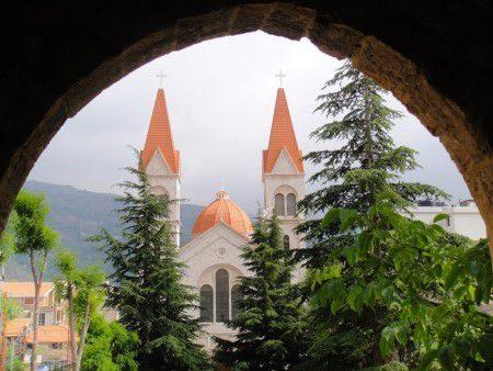 لبنان ، السياحة ، المعالم السياحية ، بيروت ، بعلبك ، أرز الشوف ، جزر النجيل ، متحف جبران