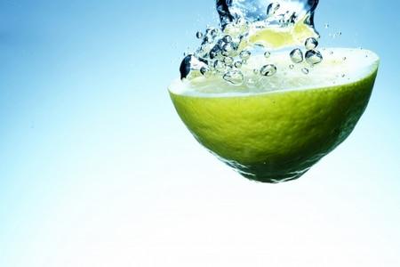 الماء ،الليمون،صورة