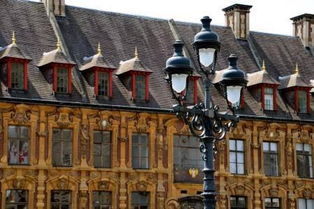 الإيسل ، ليل ، فرنسا ، قصر اللوفر ، القديس موريس ، باب باريس