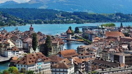 لوزيرن ، سويسرا ، ألمانيا ، جبل بيلاتوس ، لوزيرن ، ميت ريجي ، الأبراج التسعة ، كورن ماركت