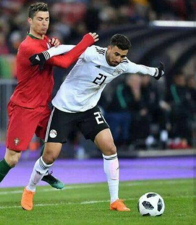 صورة تريزيجيه مع كريستيانو رونالدور في مباراة مصر والبرتغال