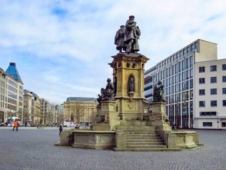ماينز ، ألمانيا ، إيطاليا ، المدينة القديمة ، كنيسة المسيح ، برج الخشب ، متحف البحارة القديم ، ماركتبرينين