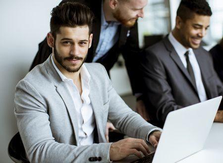 صورة , الثقة بالنفس , رجال أعمال , الآخرين